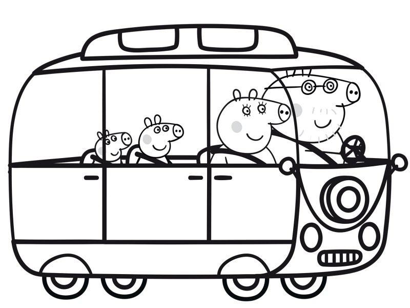 свинка Пеппа со своей семьей путешествуют на автобусе