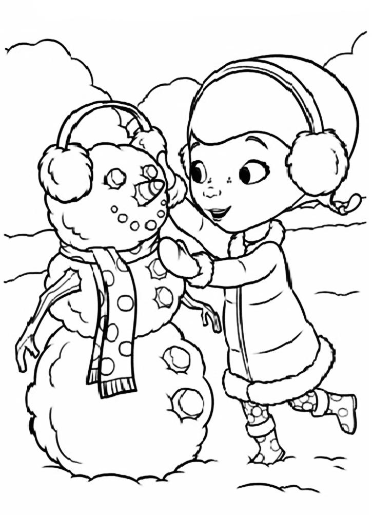 раскраска доктор плюшева лепит снеговика
