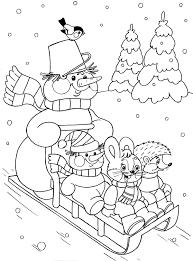 раскраска снеговик на санках едет за елкой